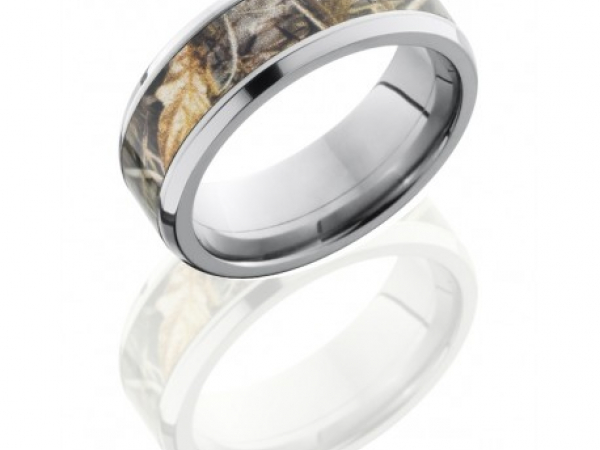 8mm Titanium Band with Camouflage Center by Lashbrook Designs